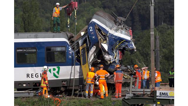switz train crashjpg_11074219.jpg