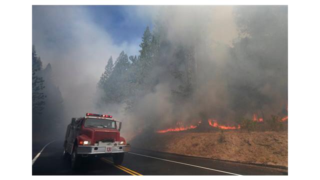 191e9162-6e59-4d2b-afde-66cbdd873b0a-APTOPIX-Western-Wildfires-Yosemite.sff.jpg