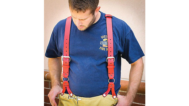 red-suspenders_11127755.psd