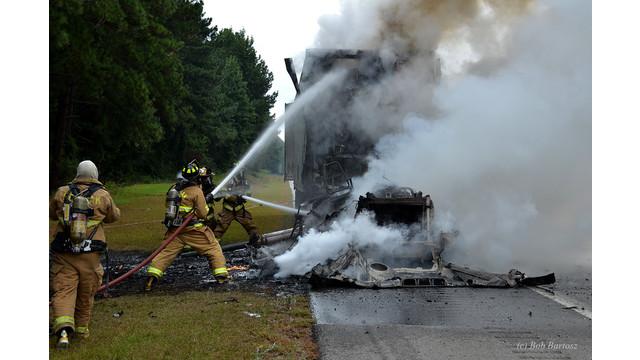 truck-fire-7.JPG