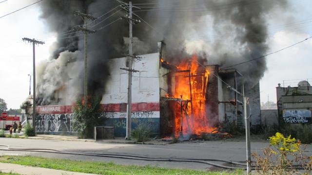 detroit-fire-3.png