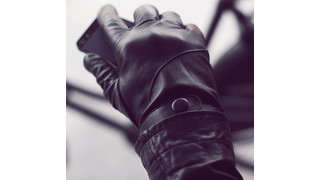 Mujjo Introduces New Touchscreen Leather Glove For Women