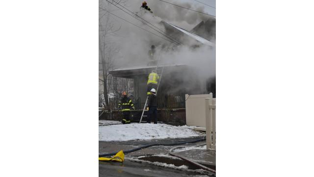 carbondale-firefighters-hurt-10.jpg