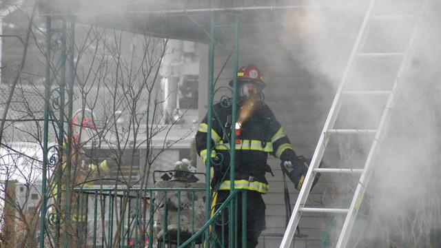 carbondale-firefighters-hurt-22.jpg