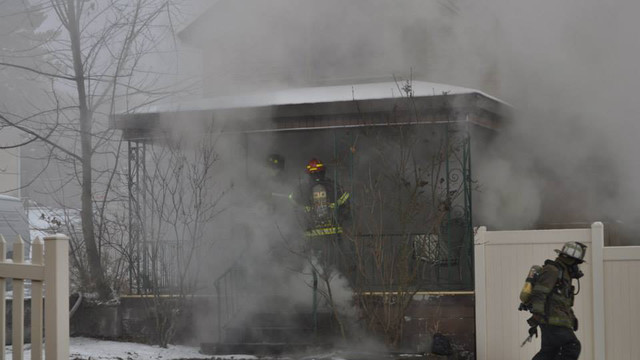 carbondale-firefighters-hurt-4.jpg