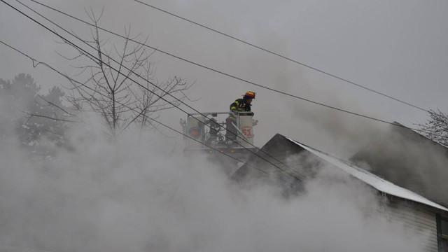 carbondale-firefighters-hurt-9.jpg