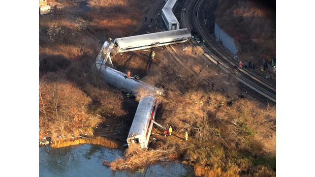nyc-train-derailment-2.jpg