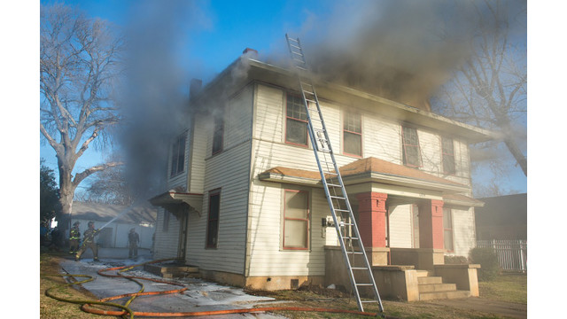 fort-worth-house-fire-1.jpg