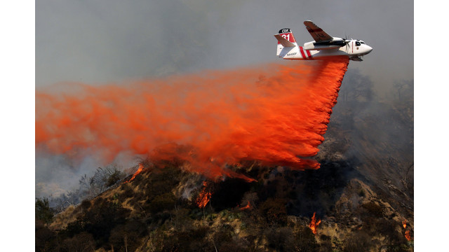 US-NEWS-CALIF-WILDFIRE-11-LA.jpg