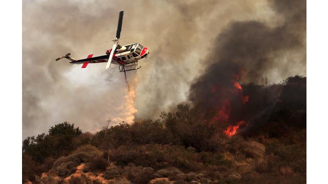 US-NEWS-CALIF-WILDFIRE-12-LA.jpg