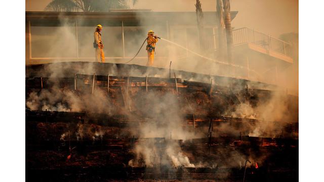 US-NEWS-CALIF-WILDFIRE-18-LA.jpg