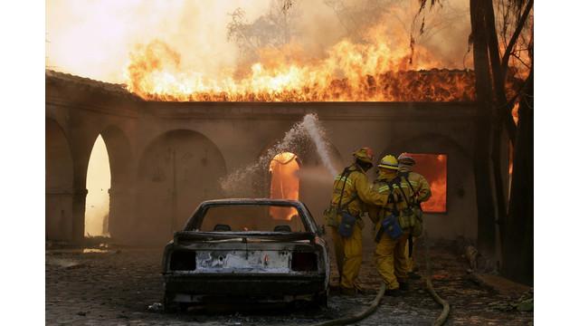 US-NEWS-CALIF-WILDFIRE-6-LA.jpg