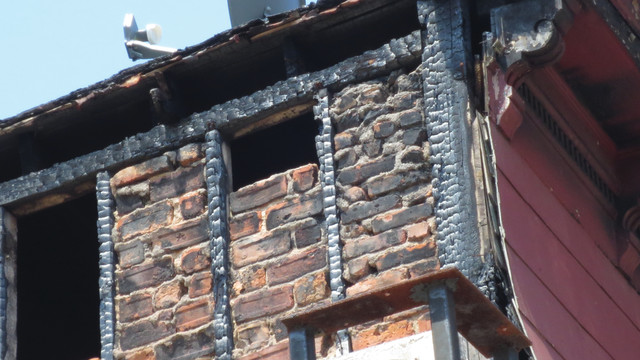 photo-7-brick-nogging_11301701.psd