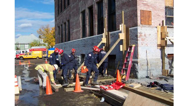 0913-rescue-team-opener_11326554.psd