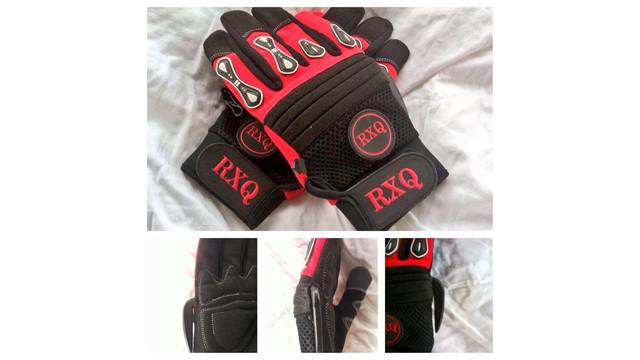 glove_11376576.psd