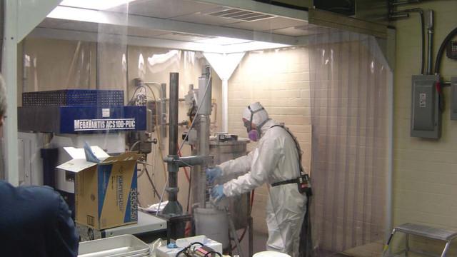 tt-6-14-nanotech-worker-2-bmp_11431338.psd