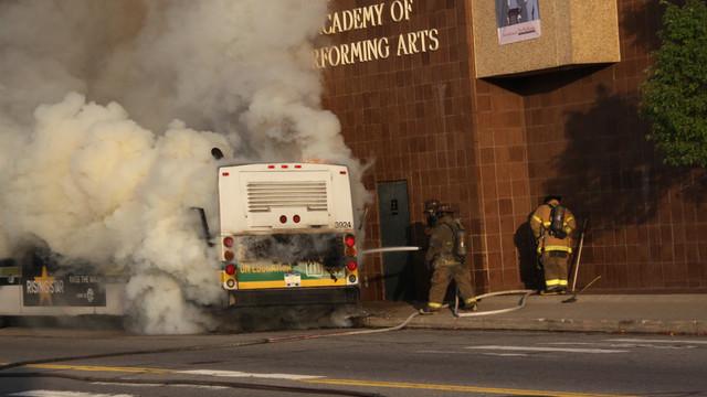 detroit-bus-fire-2.JPG