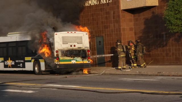 detroit-bus-fire-3.JPG