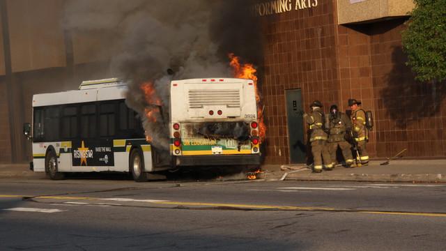 detroit-bus-fire-4.JPG