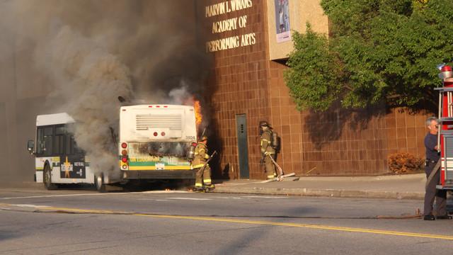 detroit-bus-fire-5.JPG