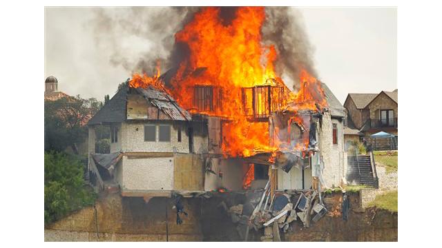 texas-house-burns-2.jpg