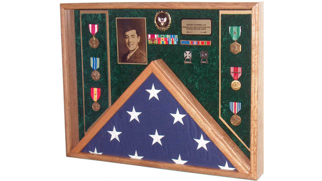 military_veteran_burial_combination_flag_&_medals_display_shadow_box_5a64mhldkkh_s.jpg