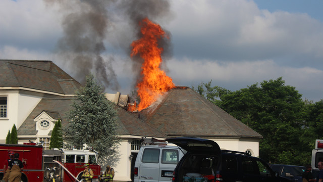 middlebury-mansion-fire-2.png